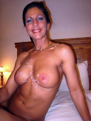 Nude whore